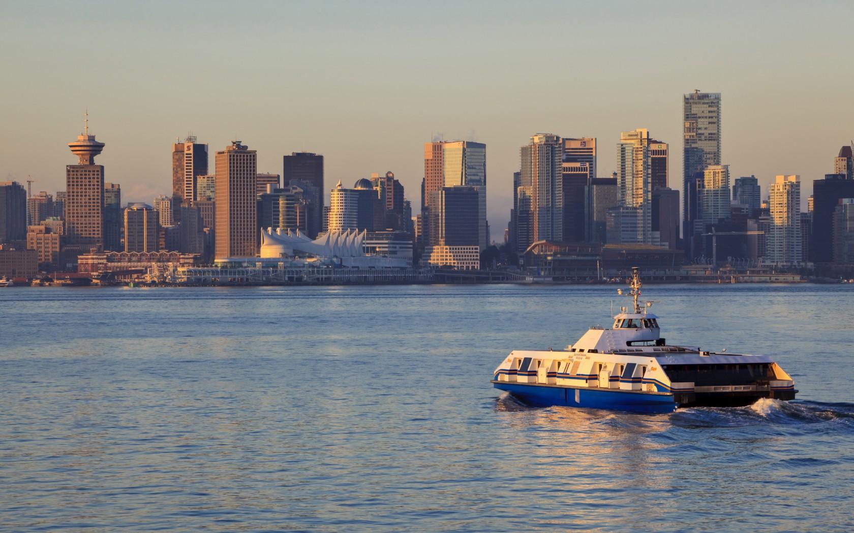 2014/2/8 加拿大(溫哥華+多倫多+卡加利)各種車資比較整理   加拿大是現今交通便利的國家之一 而各個城市有不同的交通方式 歐美國際為您整理了以下各個城市的車資 趕快看看吧! 加拿大溫哥華 溫哥華市的巴士(Bus)、地鐵(Sky train)、海上巴士(Sea Bus)的車票可通用,票價一致,成人最基本一次的票價是2.